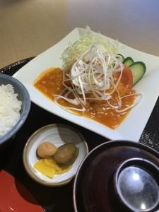 久米島赤鶏のチリソース和え